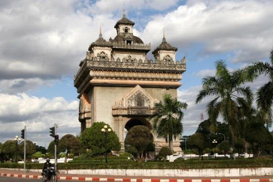BandLEngstrom cachar i Thailand och Laos Del 3 av 5